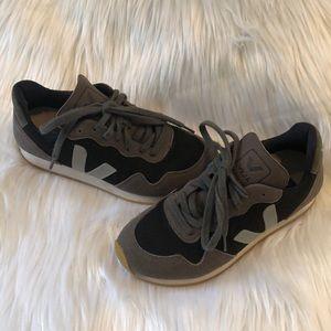 Veja tennis shoes